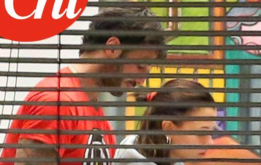 Gossip, nuova love story per Fabrizio Corona: sta con una delle Donatella /FOTO