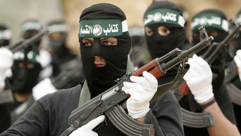 Bari, fermato un foreign fighter ceceno | Aveva già combattuto tra le fila dell'Isis