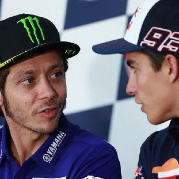 Marquez, lite con Uccio nel box di Rossi: