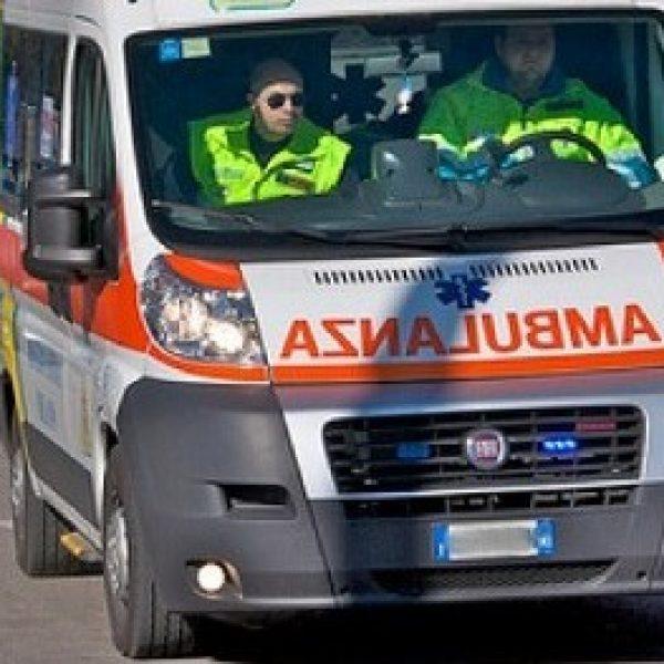 """Perugia, accoltellato un 37enne di """"Potere al popolo"""""""
