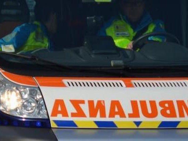 tragedia, Sardegna, due turisti francesi travolti e uccisi da auto in corsa in Sardegna, Porto Cervo, Olbia, Porto Rotondo, scendono dal taxi e vengono travolti da un'auto