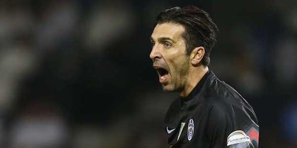 """Juve, Buffon è una furia: """"Primo tempo indegno, ci vuole un esame di coscienza"""". Squadra in ritiro"""