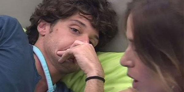 """Gossip Grande Fratello 14: Barbara non ricambia il """"ti amo"""" di Manfredi"""