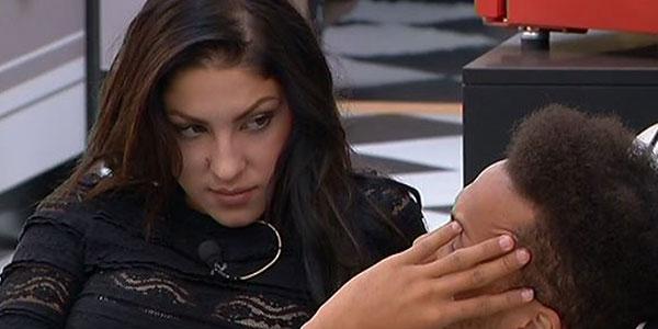 """Gossip Grande Fratello 14, Federica pensa ancora ad Alessandro e si """"confida"""" con Kevin…"""