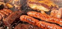 Carne rossa cancerogena, allarme oms carne rlavorata provoca tumore stomaco e colon, Iarc