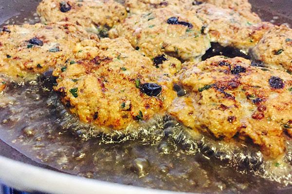 La ricetta delle polpette di sarde alla palermitana /FOTO