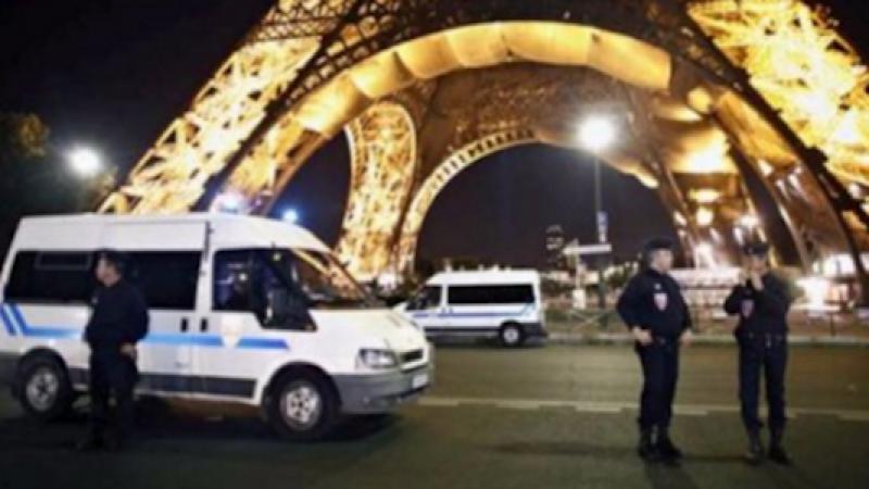Parigi, strage evitata davanti ad una moschea   Un uomo ha tentato di investire la folla