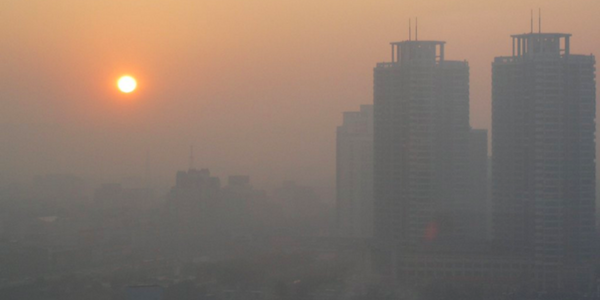 Pechino soffoca, allerta inquinamento massima