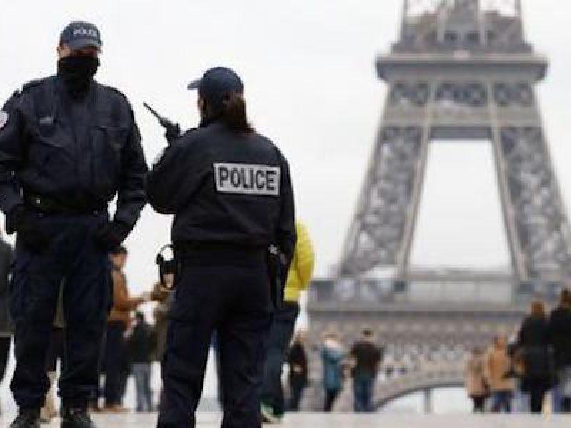 arresti terrorismo Francia, arresto le leonesse, Le leonesse, liceale progettava attentato, liceale terrorista Parigi, Parigi, Rachid Kassim, terrorismo Francia, Terrorismo Parigi