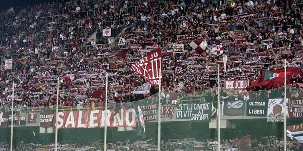 Il Brescia fa… testacoda, la Salernitana dilaga: 3 a 0. Contestazione a Lotito
