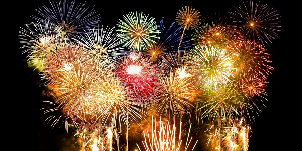 Cuba, fuochi d'artificio difettosi sulla folla | Tre bimbi e cinque adulti in fin di vita