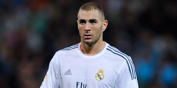 Brutte notizie per il Real: Benzema out 3-4 settimane, salterà la Roma