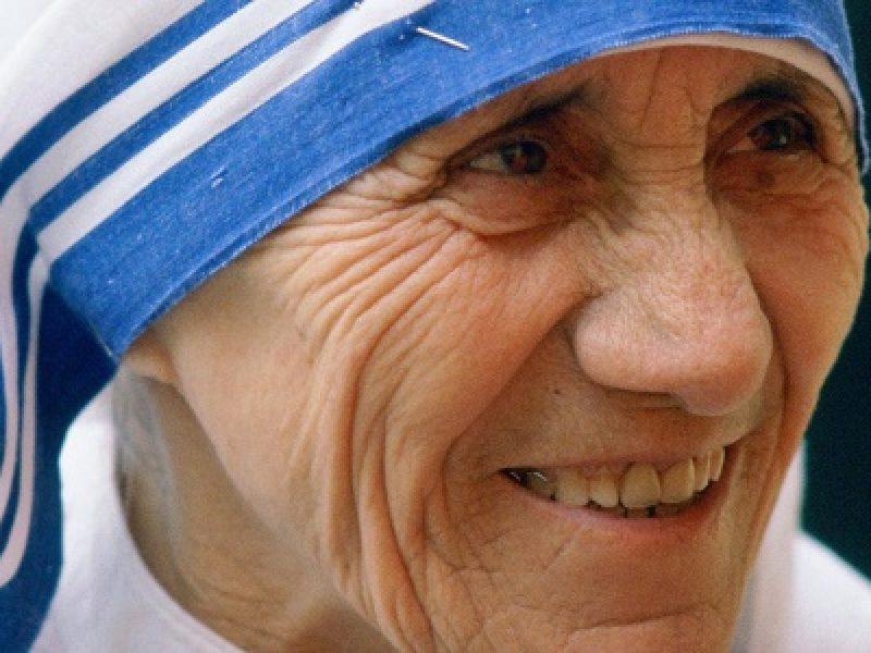 madre teresa di calcutta santa il 4 settembre, data santa madre teresa di calcutta