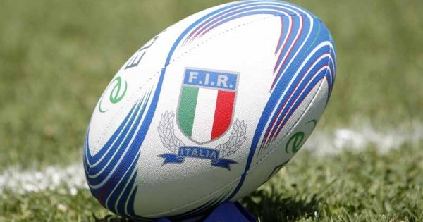Rugby, le modifiche alla formazione dell'Italia: Dentro Van Schalkwyk, Favaro capitano al posto di Parisse