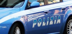 Polizia Ragusa, corriere droga, arresto porto pozzallo, 15 chili droga ruote auto, 15 chili droga nascosti pneumatici, arrestato corriere droga porto pozzallo
