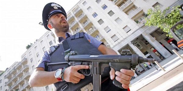 Salerno, blitz anti-immigrazione: 13 arresti| Richiesto anche un mandato di cattura europeo