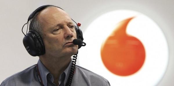 """F1, Ron Dennis promette: """"Sarà un grande 2016 per la McLaren"""""""