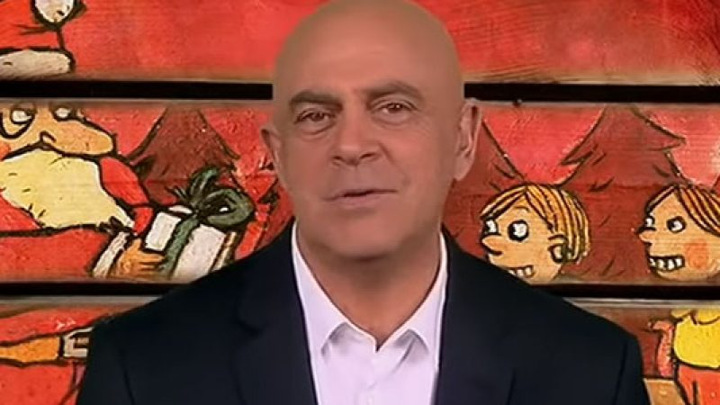 La copertina di Maurizio Crozza a DiMartedì dell'1 dicembre 2015 /VIDEO