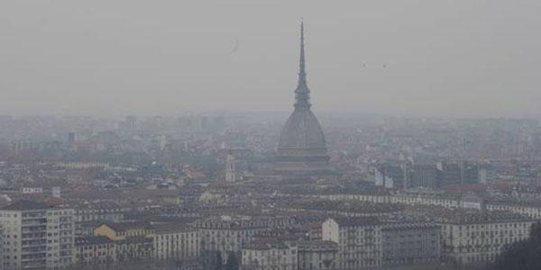 Allarme smog sulla pianura padana | Stop alle auto diesel fino agli Euro 4