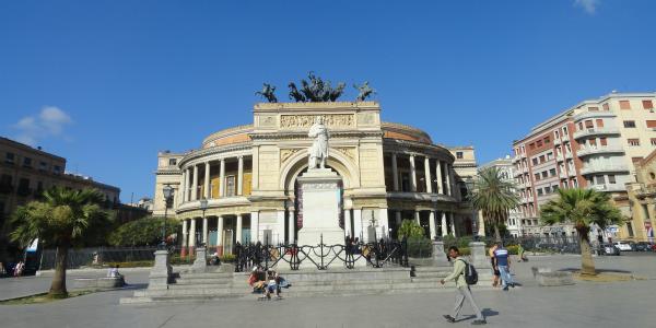 Palermo, riapre il cantiere dell'anello ferroviario: piazza Castelnuovo chiusa da giovedì