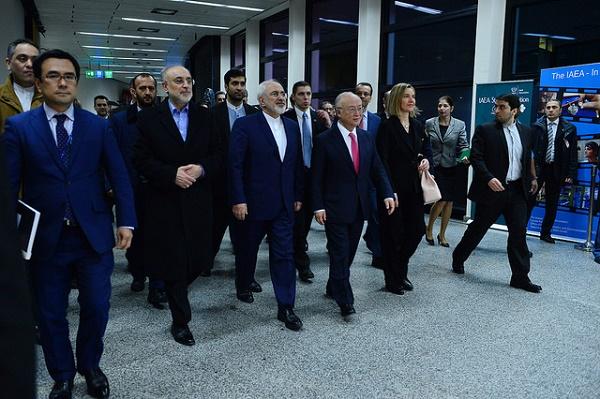"""Nucleare, fine delle sanzioni all'Iran   Rohani: """"Un nuovo capitolo di amicizia"""""""