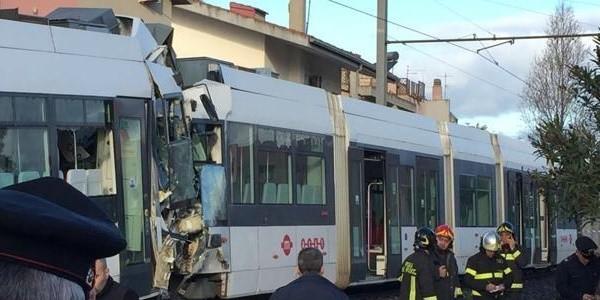 Cagliari-scontro-treno-600x300.jpg (600×300)