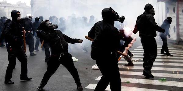 """""""No Expo"""" in Grecia, negata l'estradizione in Italia"""