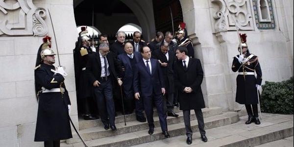 Parigi: ultimo omaggio alle vittime del terrorismo