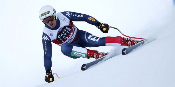 Sci, Peter Fill ha vinto la discesa di Kitzbühel | Cadute per Reichelt e Svindal (stagione finita)