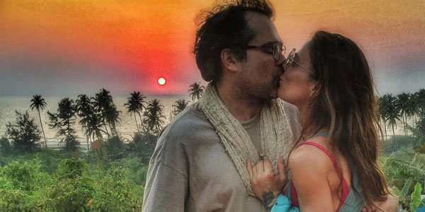 """Gossip, Naike Rivelli e Yari Carrisi in India: """"E poi mi chiedono perché lo amo…"""" /VIDEO"""