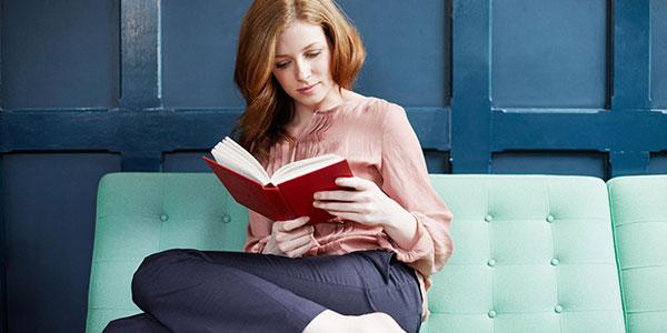 Le donne leggono molto più degli uomini   Le stime sulla lettura sono basse ma stabili