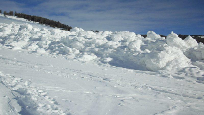 Slavina a Pila, muoiono due sciatori e due estratti vivi