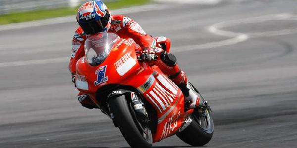 MotoGp, Stoner sulla Ducati GP 2016. L'australiano effettuerà due test in solitaria