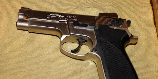 Usa, spara contro due agenti in Arkansas |L'uomo si sarebbe barricato in casa