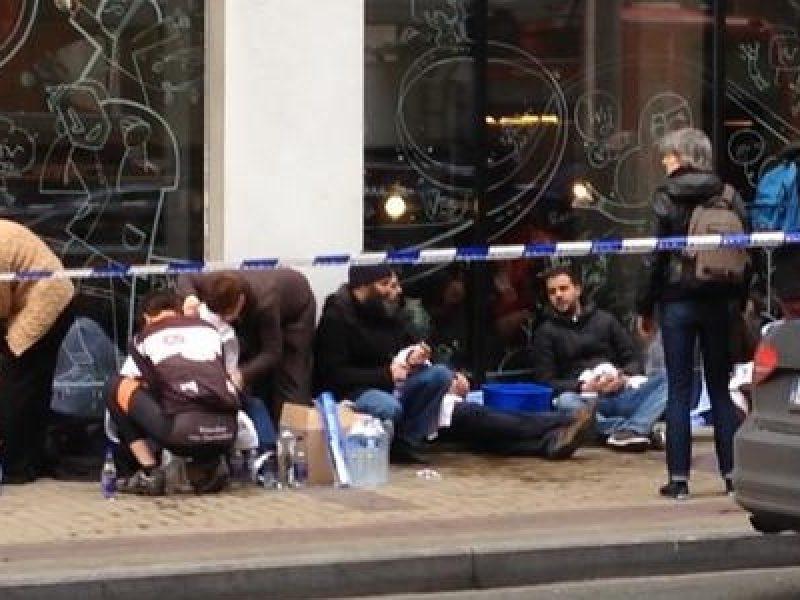 Alfano Bruxelles, Angelino Alfano, attentati Europa, attentato Bruxelles, bruxelles, Cameron Bruxelles, david cameron, europa, François Hollande, Hollande Bruxelles, isis, paolo gentiloni, reazioni attentati Bruxelles, reazioni attentati Isis, terrorismo, terrorismo Bruxelles