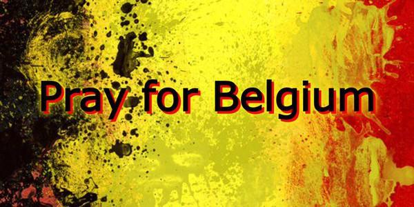 #PrayforBelgium, l'hashtag è virale in rete | La solidarietà dopo gli attentati di Bruxelles