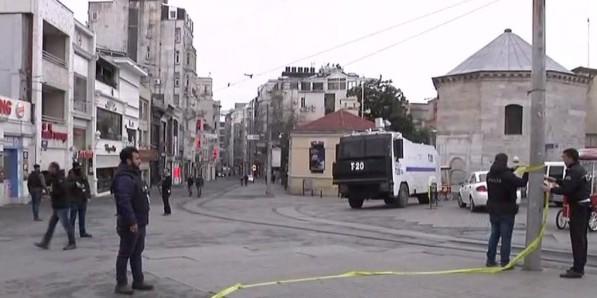 """Attacco Kamikaze a Istanbul  <u><b><font color=""""#343A90"""">VIDEO</font></u></b>  Il bilancio provvisorio è di 4 morti e 19 feriti"""