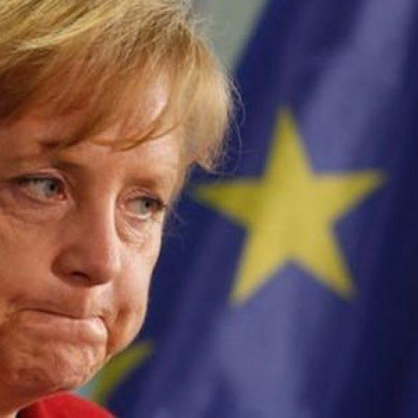 """Migranti, Merkel: """"Supporteremo le valutazioni dell'Italia"""""""