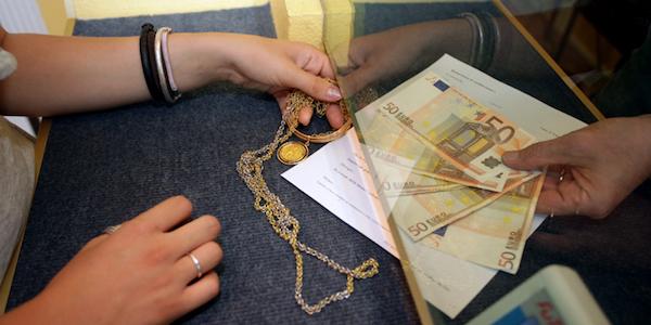 Frode nel commercio dell'oro, 47 indagati | Coinvolte 36 società e una banca nazionale
