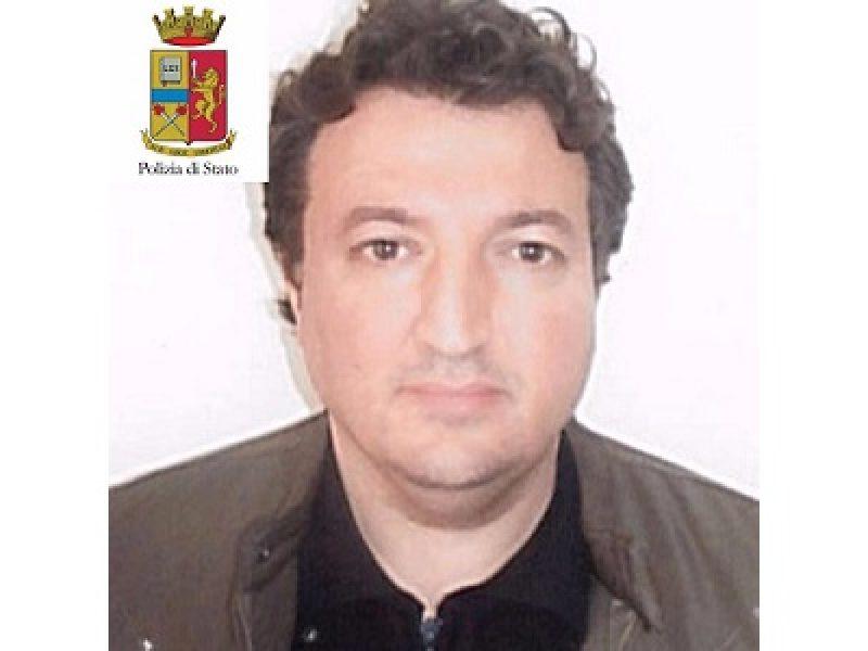 algerino arrestato nel salernitano estradato in belgio, l'algerino arrestano estradato in belgio, in belgio estradizione algerino arrestato a salerno, salerno arrestato terrorista, terrorista arrestato salerno, nuovi blitz della polizia bruxelles, scontri con hooligan