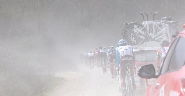 Ciclismo, Strade Bianche: Cancellara vince e fa tripletta, terzo Brambilla