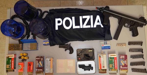 Vittoria: trovate armi, munizioni e lampeggianti |dentro un garage di un pregiudicato deceduto
