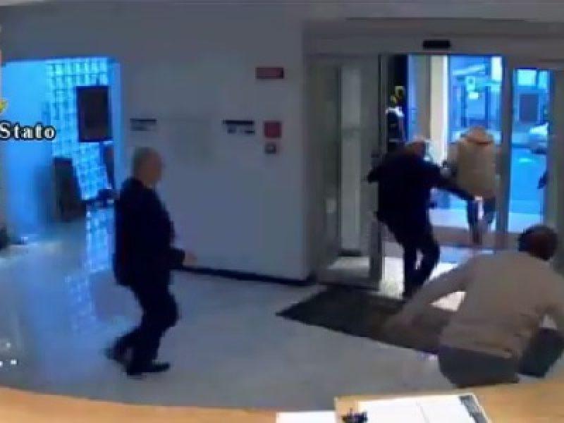 vercelli 4 arresti per furto casa d'aste