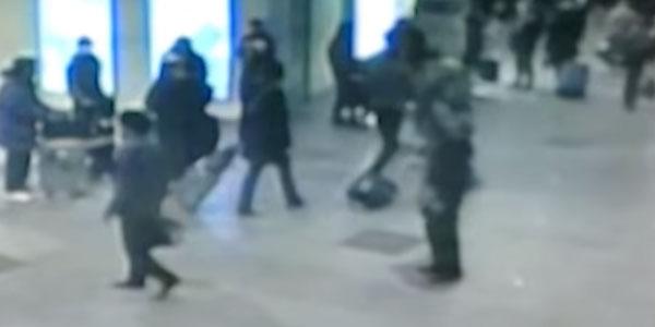 Attentanti a Bruxelles, sul web si diffonde un falso video delle esplosioni