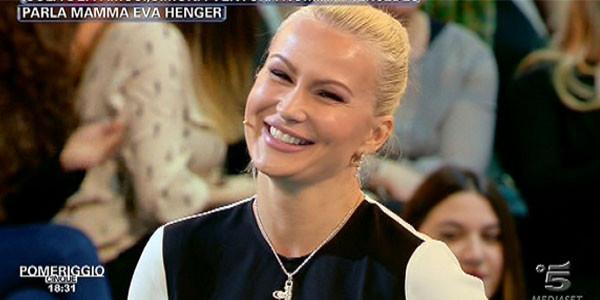 Gossip Isola dei Famosi: Eva Henger contro Simona Ventura
