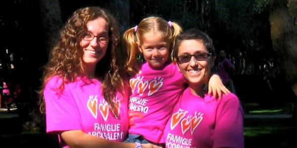 Stepchild Adoption, primo riconoscimento in Italia | Dal Tribunale di Roma o.k. all'adozione incrociata