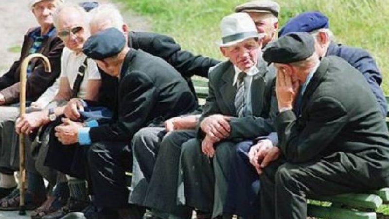 L'Italia 'invecchia' rapidamente: poche le nascite