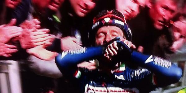 Amstel Gold Race: Gasparotto vince con dedica a Demotiè