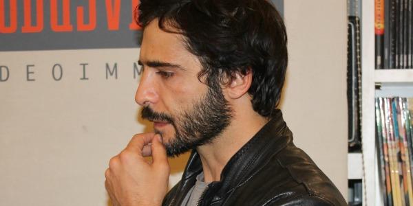 Palermo, fan in delirio alla presentazione del libro di Marco Bocci /FOTO