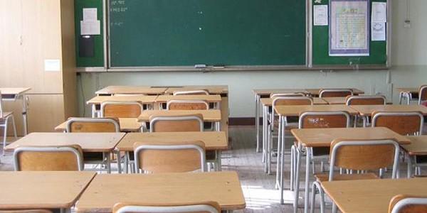 Bullismo, vittima 12enne prova a darsi fuoco a scuola